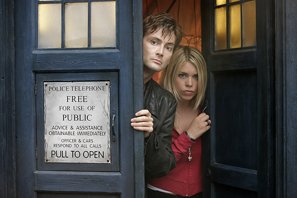 Doctor Who (David Tennant) with Rose Tyler (Billie Piper) looking out from the Tardis