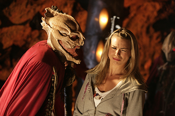 Rose Tyler (Billie Piper) reels from Sycorax (Sean Gilder)