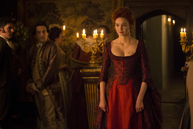 Demelza (Eleanor Tomlinson) in red dress